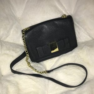 Crossbody bag with bow